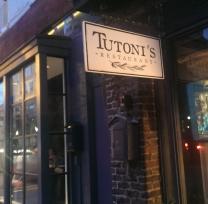 Tutoni's